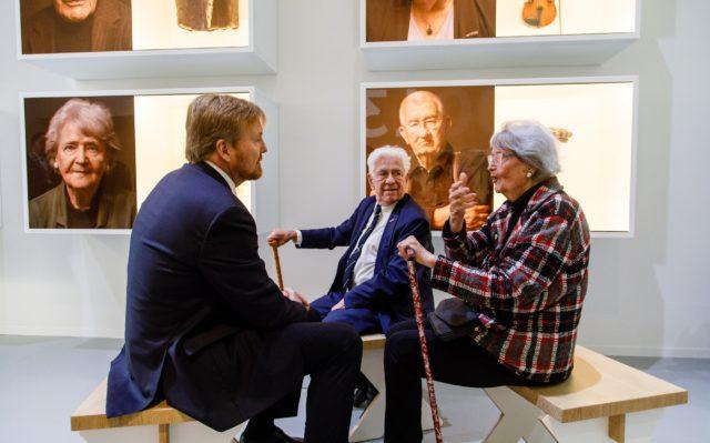 Koning Willem-Alexander opende het vernieuwde Nationaal Monument Kamp Vught